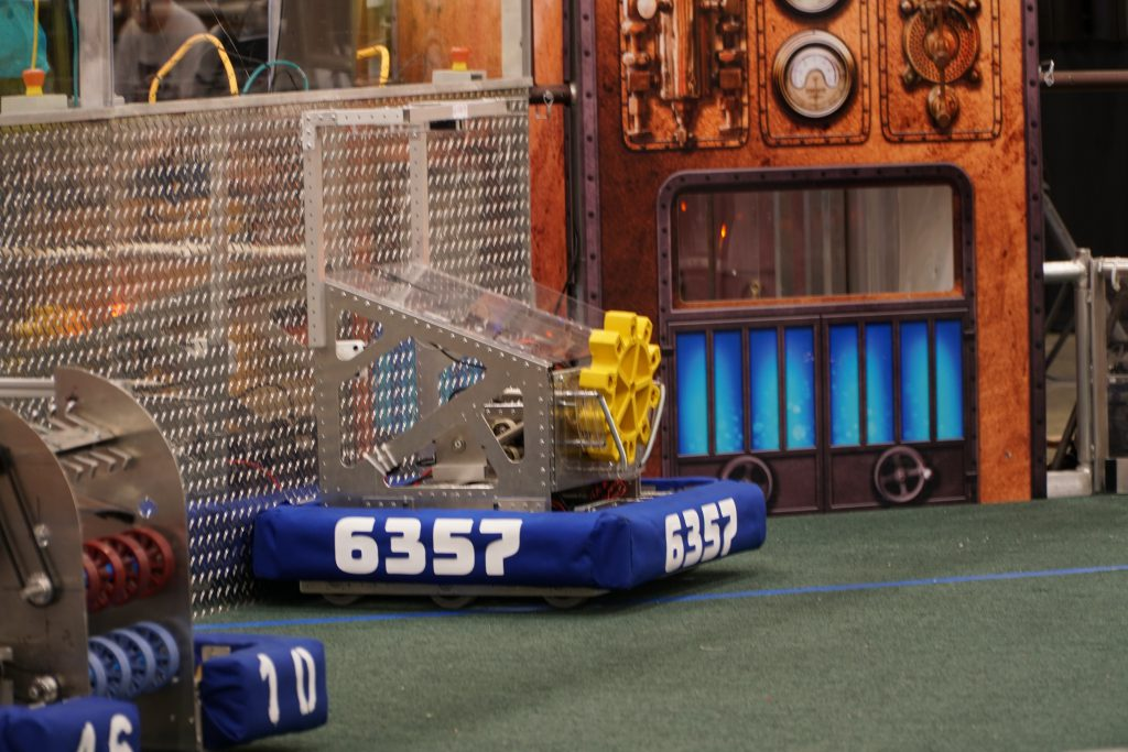 This image has an empty alt attribute; its file name is Robot-on-Field-1024x683.jpg